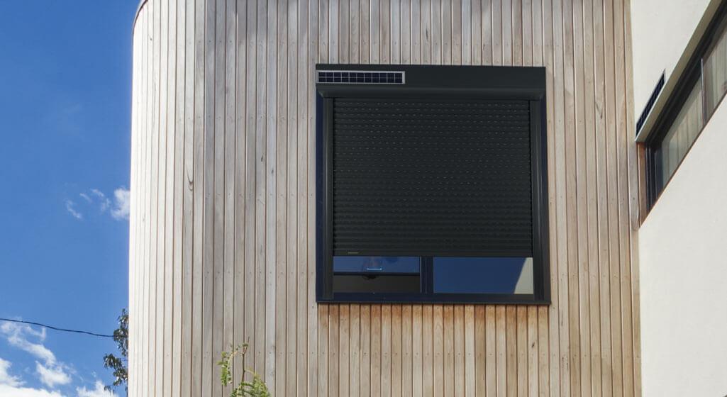 Berühmt Rollladen mit Solarantrieb • Solar Rollladen mit 7 Jahren Garantie! ZU64